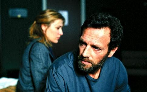 Still of Valeria Bruni Tedeschi and Stéphane Freiss in O Amor em 5 Tempos (2004)