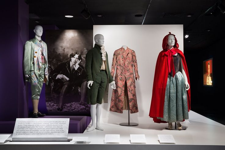 """Happy #QueerMuseum day! Before Oscar Wilde became an icon of queer sexuality & style, mollies, macaronis, & man-milliners influenced fashion https://t.co/vk0KydysuC"""""""