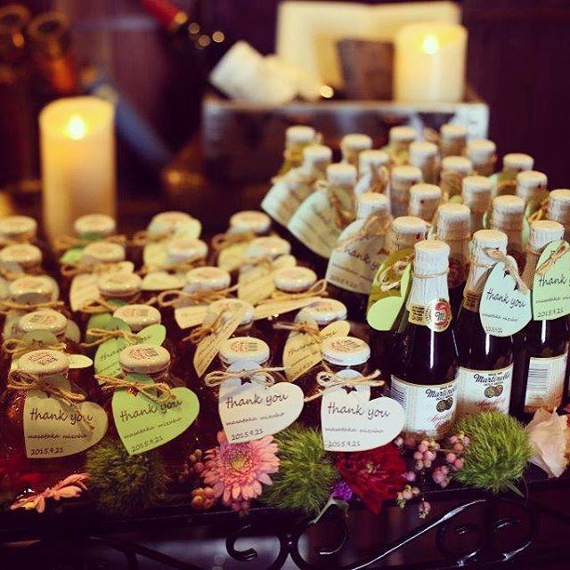 プレ花嫁にとにかく人気の結婚式のプチギフト『マルティネリ』。その見た目のかわいらしさと美味しさでとても人気になっています。コストコやカルディで購入可能。みんなのサンキュータグ&飲み終わった後のリメイクアイディアもチェック♡