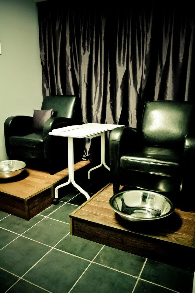 [w] esthetics - Pedicure stations. Pedicures for 2. Renfrew, ON