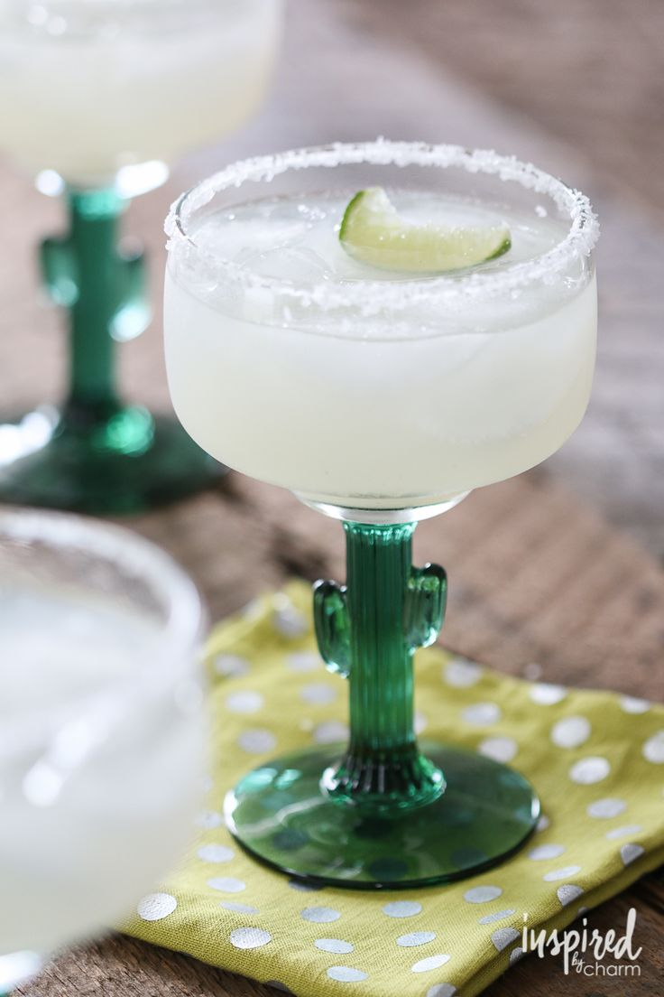 LOVE this glass! Classic Margaritas - perfect for Cinco de Mayo!