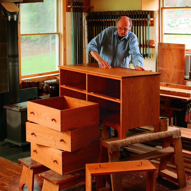 Be sure to download the free woodworking plan for this