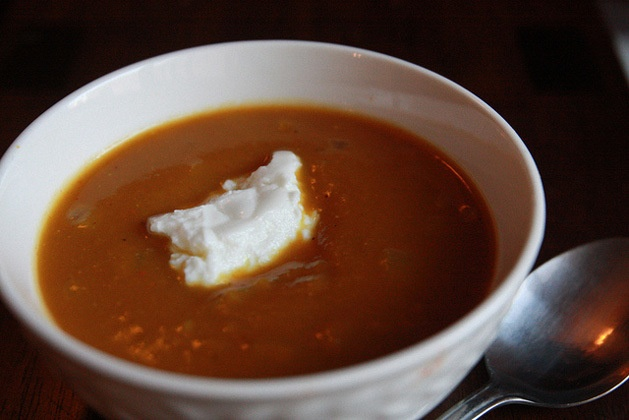 ... -Free Thanksgiving Side Dishes: Curried Pumpkin Soup with Crème