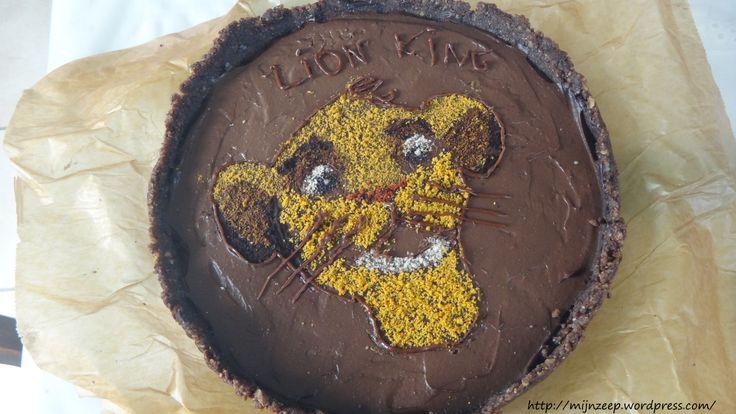 Raw vegan LION KING cake