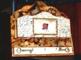 letter & keys holder: painting, stamping, decoupage