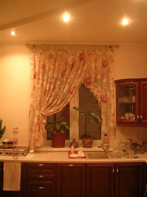шторы на кухню фото короткие: 14 тыс изображений найдено в Яндекс.Картинках