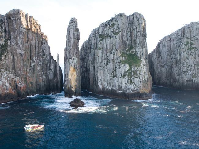 Campervan holiday in Tasmania. Why Tassie is Australia's best kept secret #travel #holiday