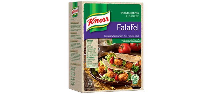 Eén van de bekendste vegetarische gerechten uit het Midden-Oosten is deze Libanese Falafel. De mini-kikkererwten burgers hebben we bijzondere smaak van koriander en komijn. Je serveert ze samen met een knapperig Falafel-broodje en een lichtpittige Harissa saus.