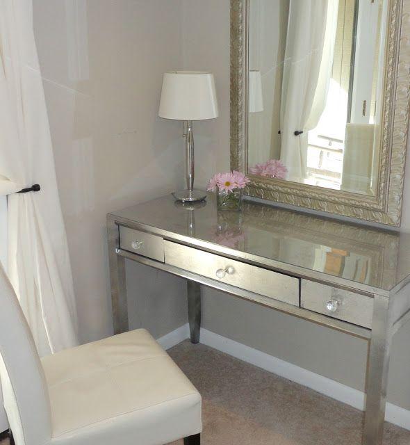 Best 20 desk makeover ideas on pinterest desk redo repurposed desk and vintage desks - Diy mirrored vanity table ...