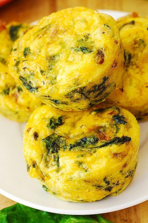 Szeretnél egy olyan reggelit, amit csak meg kell melegítened a mikróban és máris eheted, sőt, ha késésben vagy, akár magaddal is viheted? Ez ...