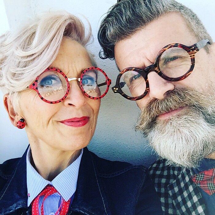 """Ecco come si vestono i nonni di oggi, 13 coppie di """"anziani"""" con un look davvero alla moda"""