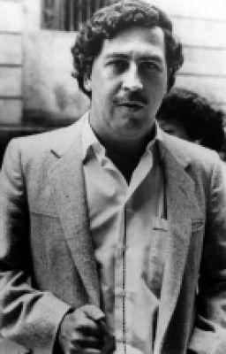 """Pablo Emilio Escobar Gaviria mejor conocido como """"El Patron del Mal"""" … #detodo # De Todo # amreading # books # wattpad"""