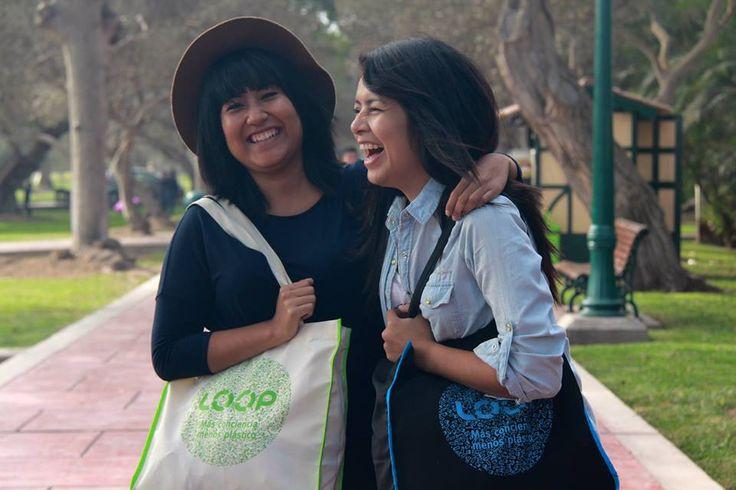 Producto 100% peruano hecho de botellas plásticas recicladas #rPET #handmade #tote #bag #handmade #productoperuano #bolsoreutilizable
