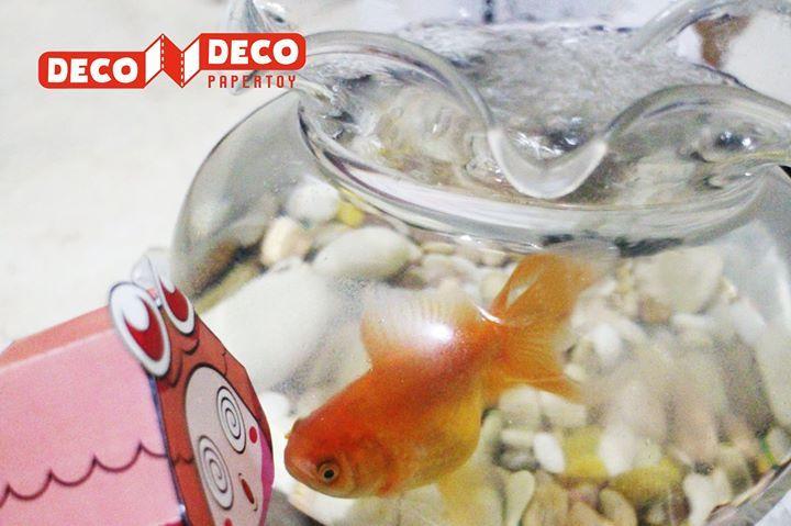 Ayo beli Deco Deco Karakter Ipo buat nemenin ikan peliharaan di rumah hehehe  Bisa juga buat dekorasi kamar anak  #decodeco #decodecoclub #decodecoplay #decodecoland #3dpuzzle #bongkarpasang #mainananak #diorama #karakter #ipo #ikan #dekorasi #toys #parenting #edukasi #kreatif Papercraft cute dollhouse