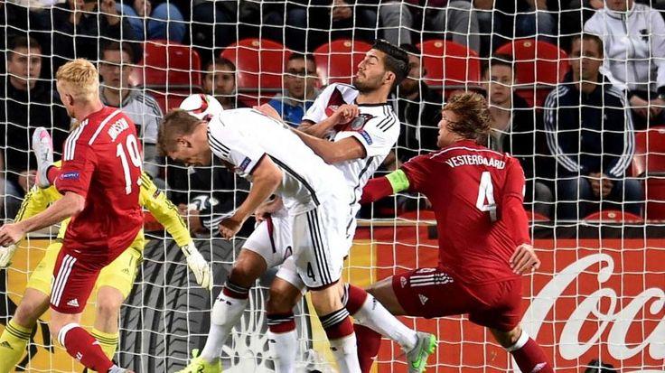 U21-EM: Volland trifft gegen Dänemark mit Vollgas http://www.bild.de/sport/fussball/kevin-volland/trifft-gegen-daenemark-mit-vollgas-41442236.bild.html