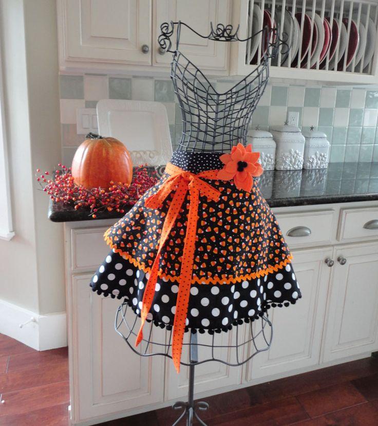 Halloween на Sees-All-Colors. Кухонные фартуки в ретро стиле
