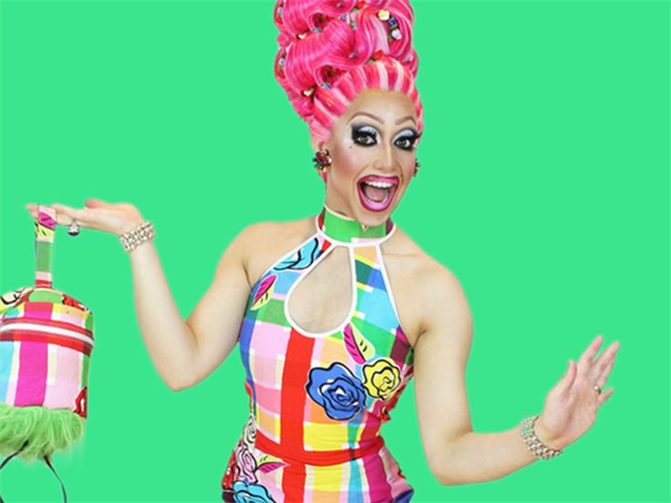 Ménage A'trois @SydneyDragQueen [SYDNEY] She draws her inspiration from the likes of Carmen Miranda, Lucille Ball & Gwen Stefani.