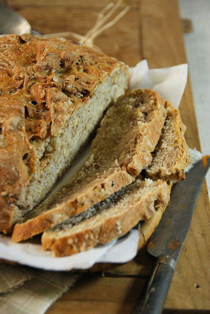 Pain aux noix et farine multi-céréales {recette maison}