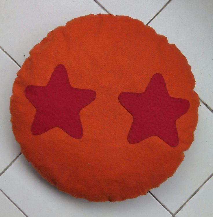 Cojín bola de dragón Dragon Ball fieltro https://www.facebook.com/complementosaliehs/