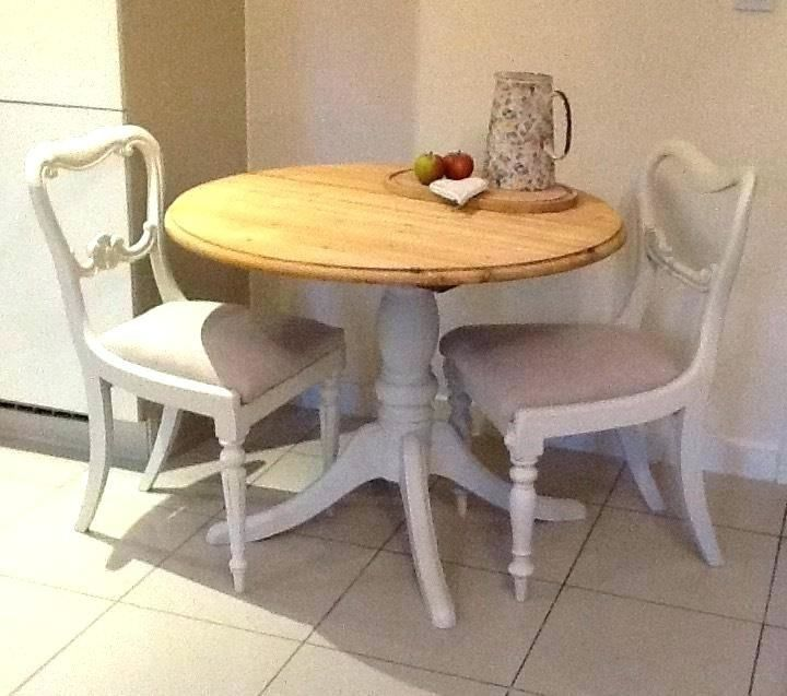 Dining Room Table And 2 Chairs Dining Room Woman Fashion