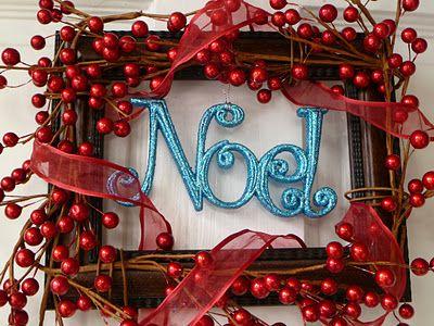 Noel in frame Wreath