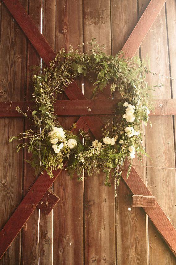 Wedding wreath | Wedding & Party Ideas | 100 Layer Cake