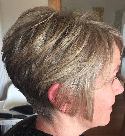 stacked haircut pictures 1000 ideas about wavy angled bob on bobs for 5107