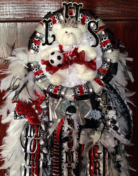 Modern Mum, unique Homecoming mum design-$275