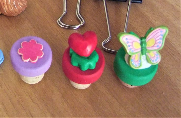 Decorated wine corks. Hand painted corks.