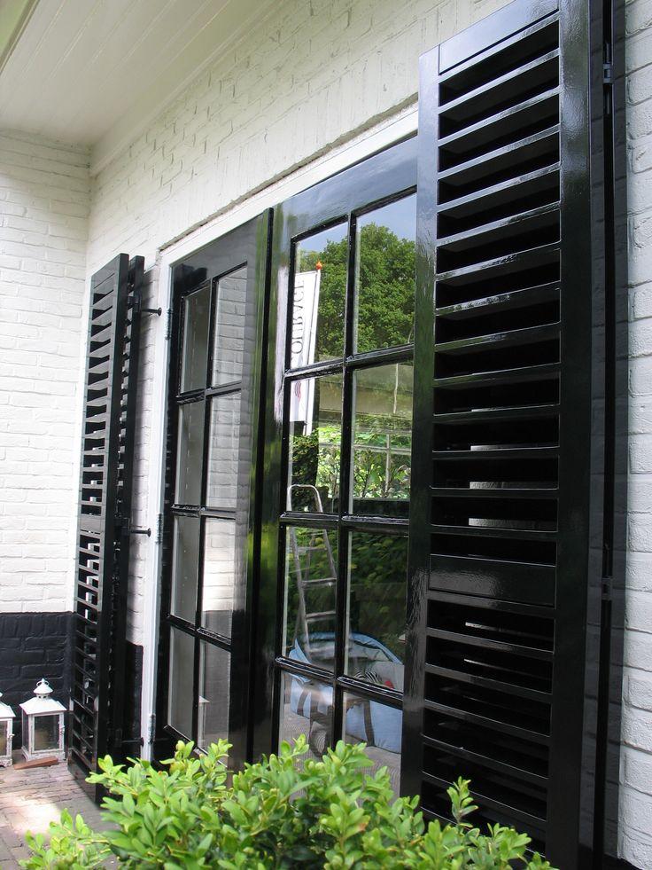 25 beste idee n over huis buitenkant design op pinterest gevelbeplating kleuren huis - Sofa zitplaatsen zwarte ...