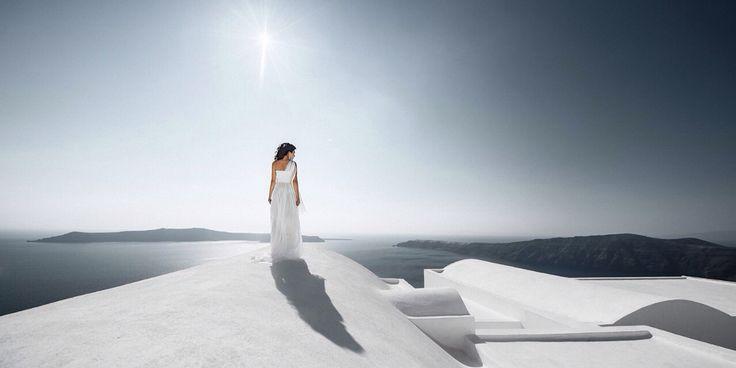 Alina on Santorini , photo by Igor Bulgak