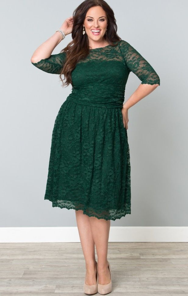Shop www.curvaliciousclothes.com SAVE 15% Use code: SVE15 at checkout Scalloped Luna Lace Dress in Green Ivy