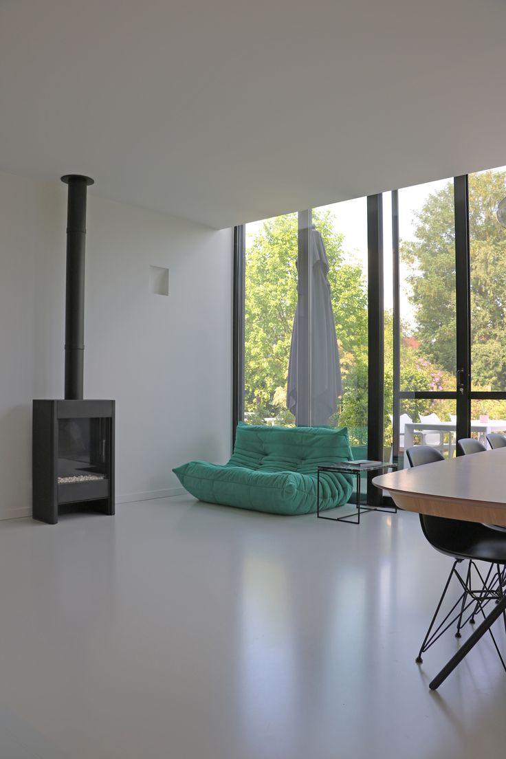236 best togo sofa canap ligne roset images on for Canape lit ligne roset
