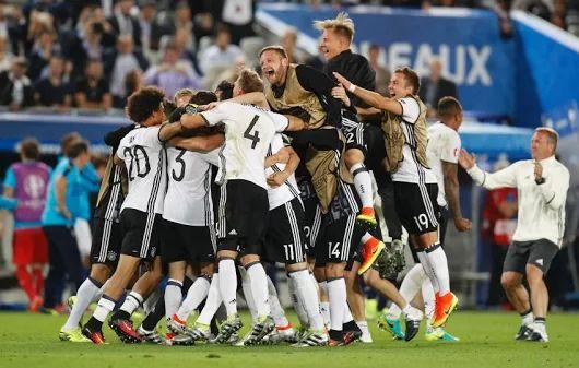EM 2016: Deutschland schlägt Italien im Elfmeterschießen und steht im Halbfinale - SPIEGEL ONLINE