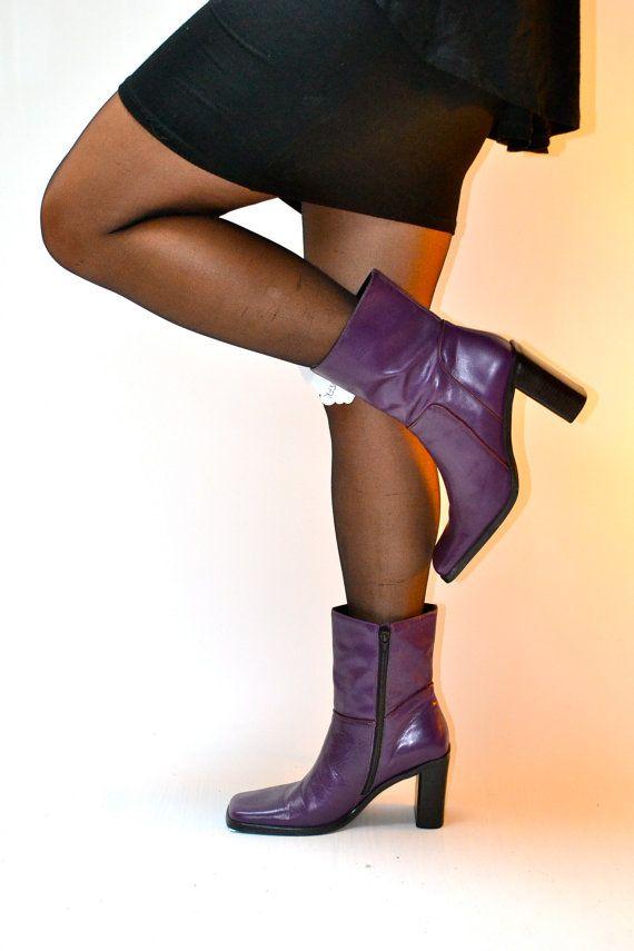 1990s vtg size Us 11 Uk 9 Eu 41 purple ankle boots // leather square toe boots // fauxyfurr vintage
