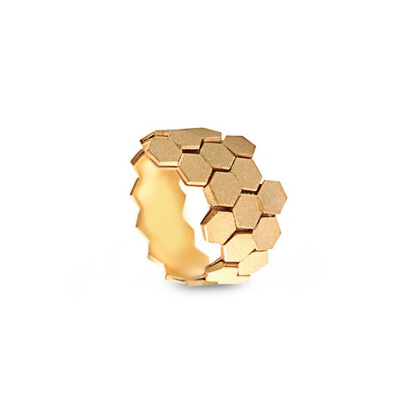 Ring Leixões by Sara Coutinho. For women with attitude.  Available @ by-pt.com