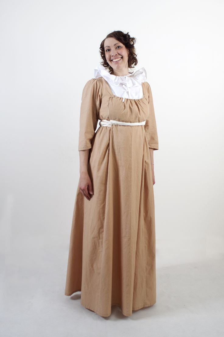 Early 1800s dress in Jane Austen theme. Project by students for Tjolöholms Castle.