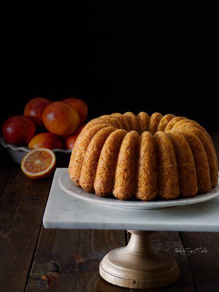 Bundt Cake de naranja sanguina y cardamomo {Blood Orange Cardamom Bundt Cake}