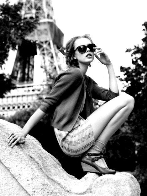 black and white, fashion, model, skinny,... : ファッションモデルのかっこ良いポーズのポートレート写真 - NAVER まとめ