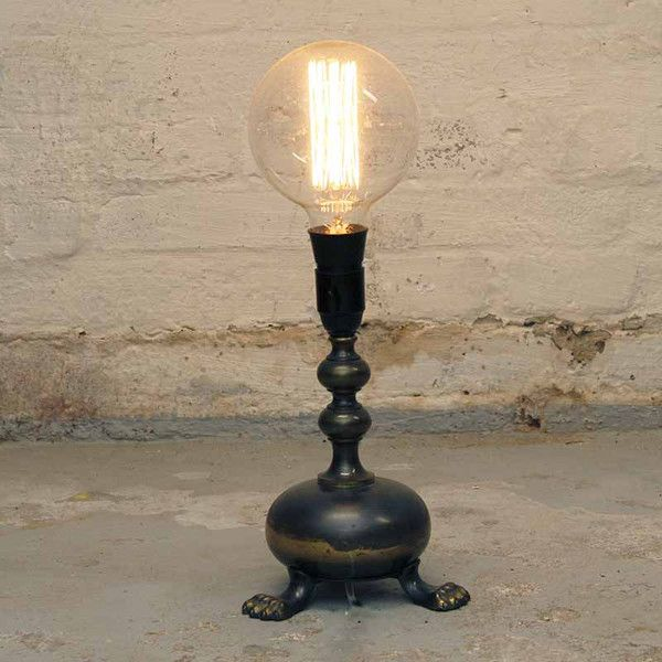 Lionfeed's lamp in beautifully patinated bronze  New bulb  H: 43 cm
