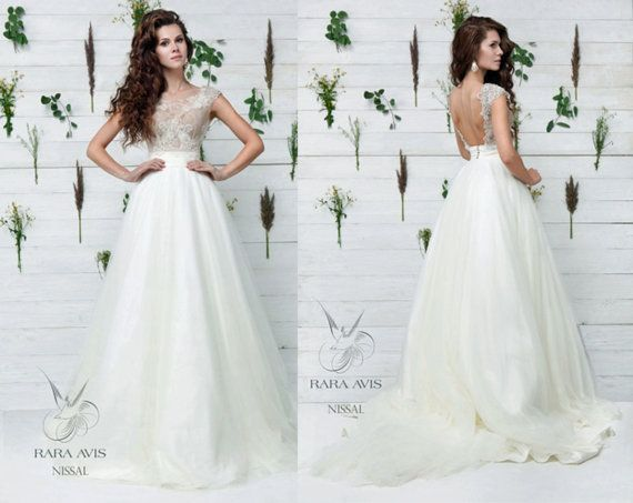 Best 25+ Simple Wedding Gowns Ideas On Pinterest