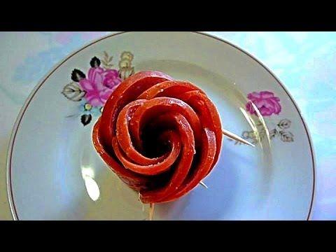 Украшения стола. Как красиво оформить блюдо.  Роза из колбаски.  Цветы и...