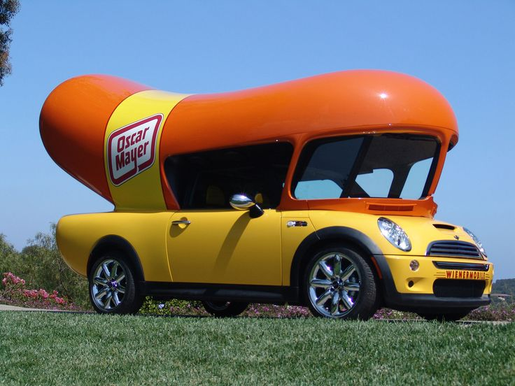Google Image Result for http://hotdoggerblog.com/wp-content/themes/hotdogger/downloads_images/OscarMayer_MiniWienermobile.jpg