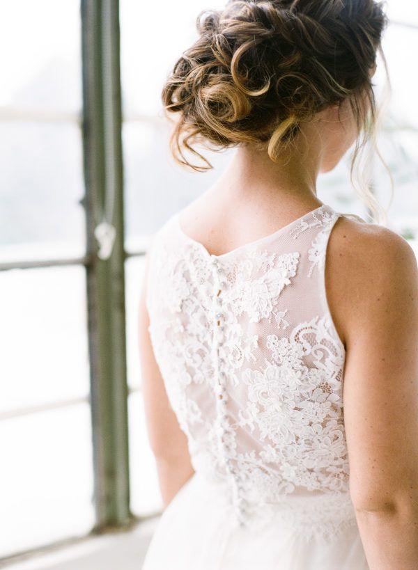 Elegant Green Wedding Inspiration Using Pantone S Color Of The