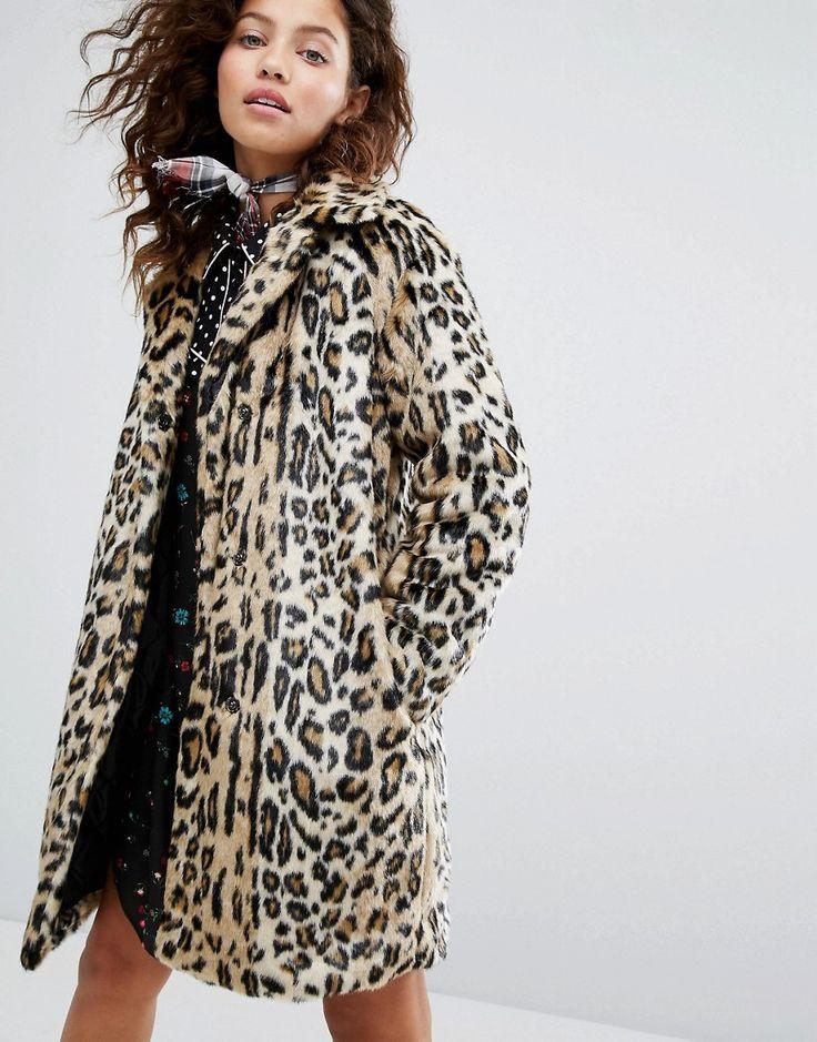 ¡Cómpralo ya!. Abrigo de piel sintética con diseño de leopardo de H! By Henry Holland. Abrigo de H! by Henry Holland, Piel sintética suave al tacto, Diseño totalmente forrado, Cuello con muesca recortada, Tapeta con botones de presión, Bolsillos funcionales, Corte estándar - se ajusta al tallaje real, Lavar en seco, 67% modacrílico, 33% poliéster, Modelo: Talla UK 8/EU 36/US 4; Altura de 169 cm/5'6,5. ACERCA DE H! BY HENRY HOLLAND Graduating in Journalism, Henry Holland used his way...
