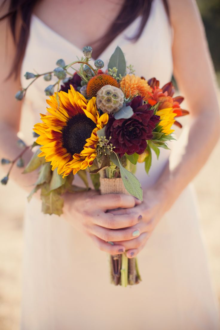 Something small and simple like this would be really cute for the girls. And I like the burlap around the stems. This would be really cute with wheat tucked in it too