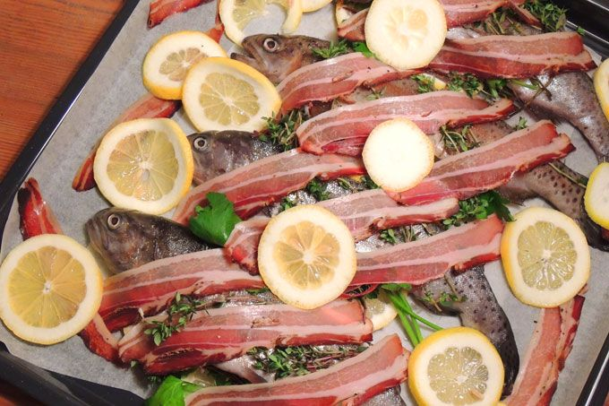 Oven-Trout-with-bacon