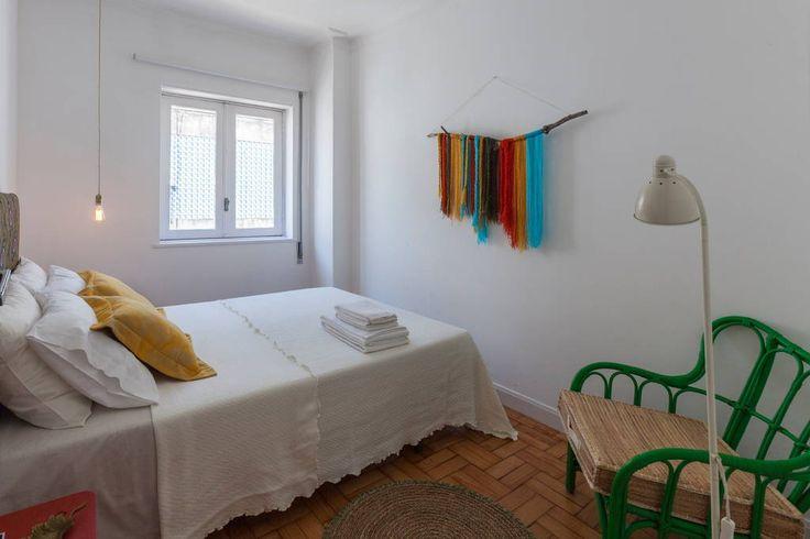 Veja este anúncio incrível na Airbnb: Aida's Haven Quarto#01 Baixa Porto - Apartamentos para Alugar em Porto