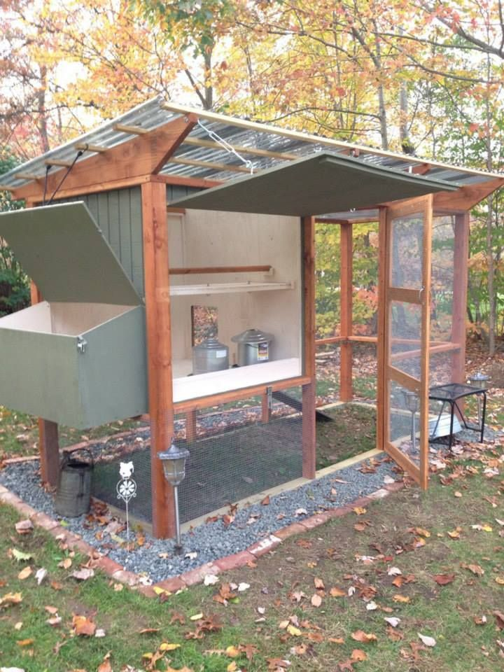 472 best chicken and duck coops images on pinterest for Enclosed chicken run plans