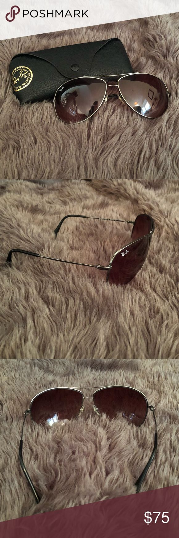 Ray Ban unisex aviator sunglasses Ray Ban aviator sunglasses. Unisex frame. Gradient lenses. No scratches. Nose pieces are in tact. Case and polishing cloth included. Ray-Ban Accessories Sunglasses